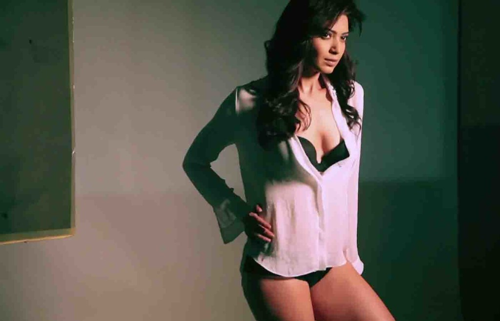 Karishma Tanna Hot Bikini Photos